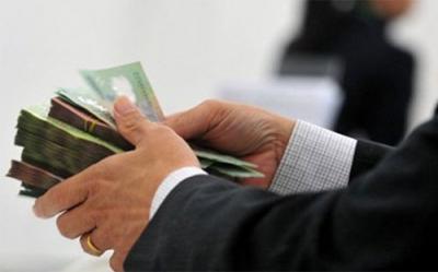 Phí phạt trả nợ trước hạn vay tín chấp