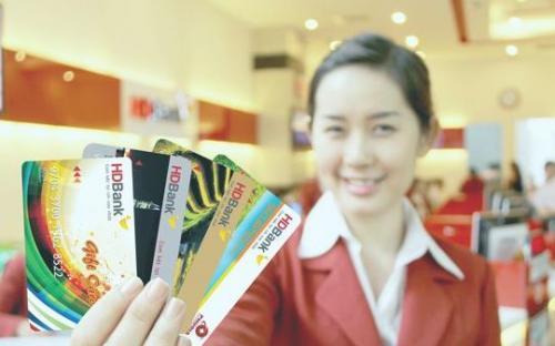 HDBank ra mắt tính năng khóa thẻ an toàn mới