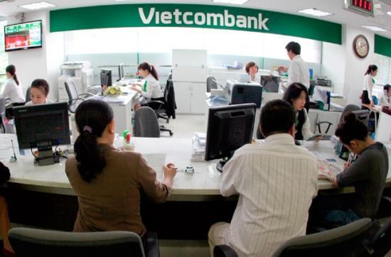 Vay 100 triệu Vietcombank, vay tiền vietcombank theo lương