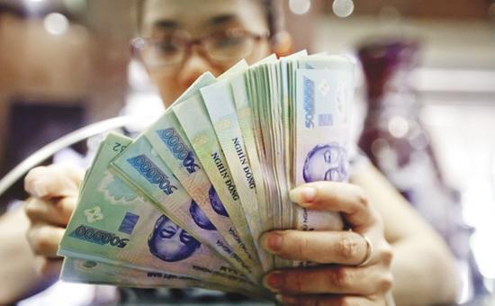 Vay tiền trả góp ngân hàng lãi suất thấp
