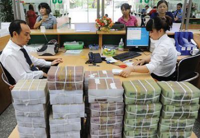 Nghịch lý cho vay tại thị trường ngân hàng hiện nay
