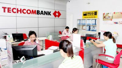 Techcombank hoàn đến 100% phí giao dịch cho khách hàng cá nhân